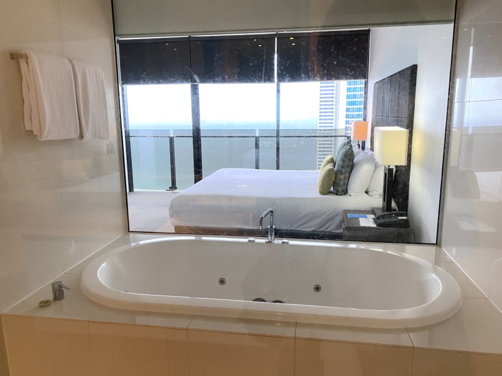 マントラ・サークル・オン・カビルの浴室